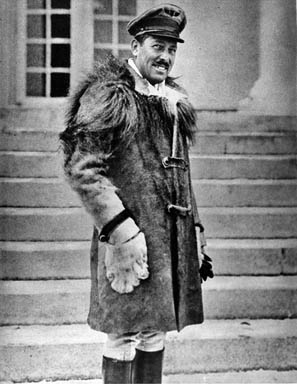 Roscoe Turner in a lion-skin flying coat